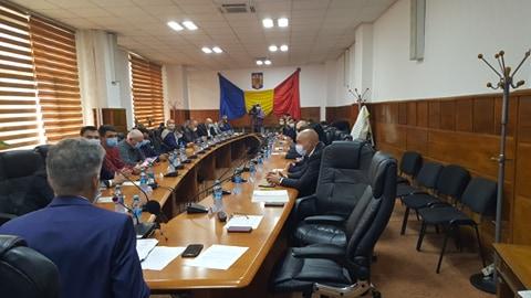 Consiliul Judeţean şi-a definitivat structurile de conducere