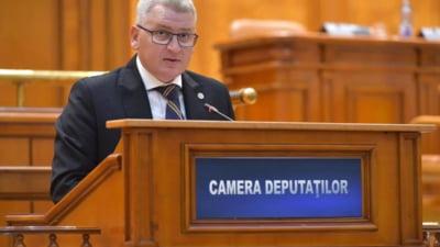 PNL cere dezbaterea de urgență a legii pensiilor speciale