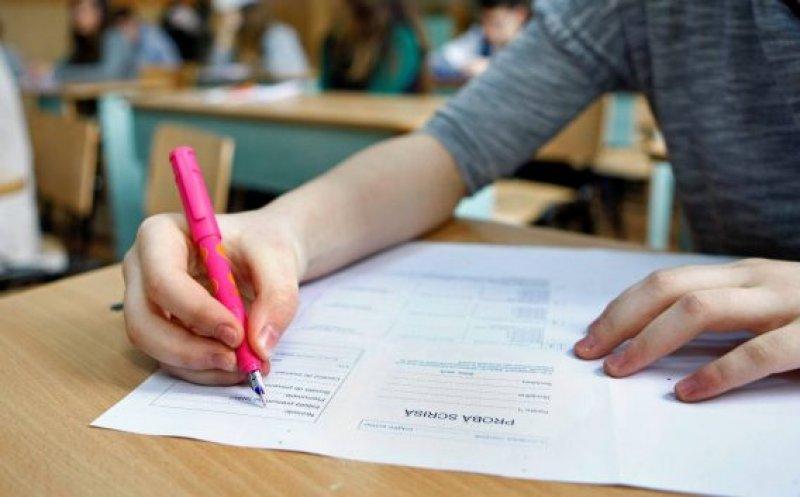 Informaţii privind Examenul de evaluare naţională pentru absolvenţii clasei a VIII-a